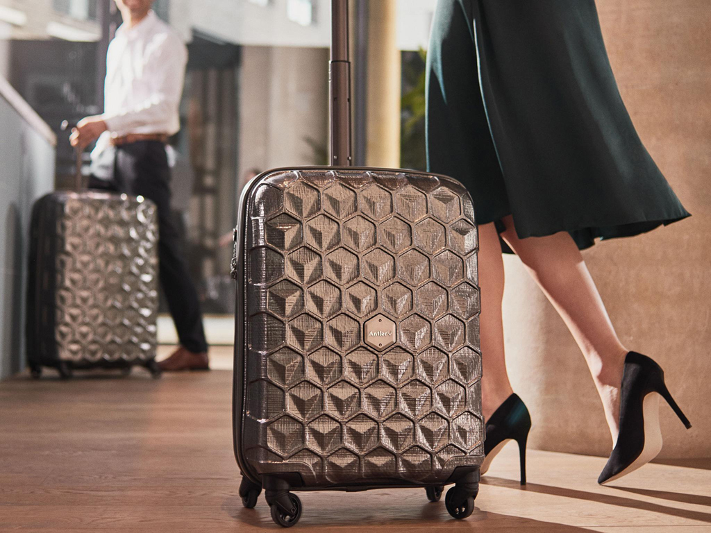 0a17b3ccdb5e Top 5 most Luxury Luggage brands - PEAKLIFE
